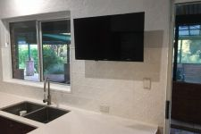 Clover Splashback Pearl White Powdercoat